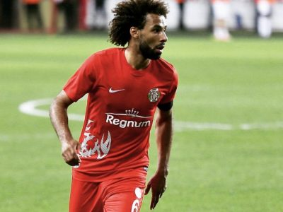 Nazım Sangare, Gine'den gelen milli takım teklifini reddetti: