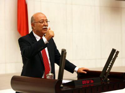 Adana Saimbeyli Adliyesi'nin tekrar açılmasını, Adliye'nin kapatılmasının Saimbeyli'yi ekonomik ve sosyal yönden olumsuz etkilediğini anlattı.
