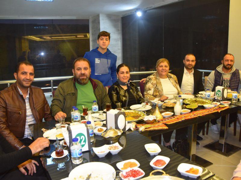 Ceyhan Belediye Başkanı Kadir Aydar'ın destekleri ile hayat bulan Ceyhan'ın gururu Ceyhanspor ve Bayan Basketbol Takımlarının başarısı Ceyhanlıları gururlandırdı. Ligin 10. Haftasında Ceyhanspor, son 5 haftada rakiplerine 22 gol atarak büyük takdir topladı