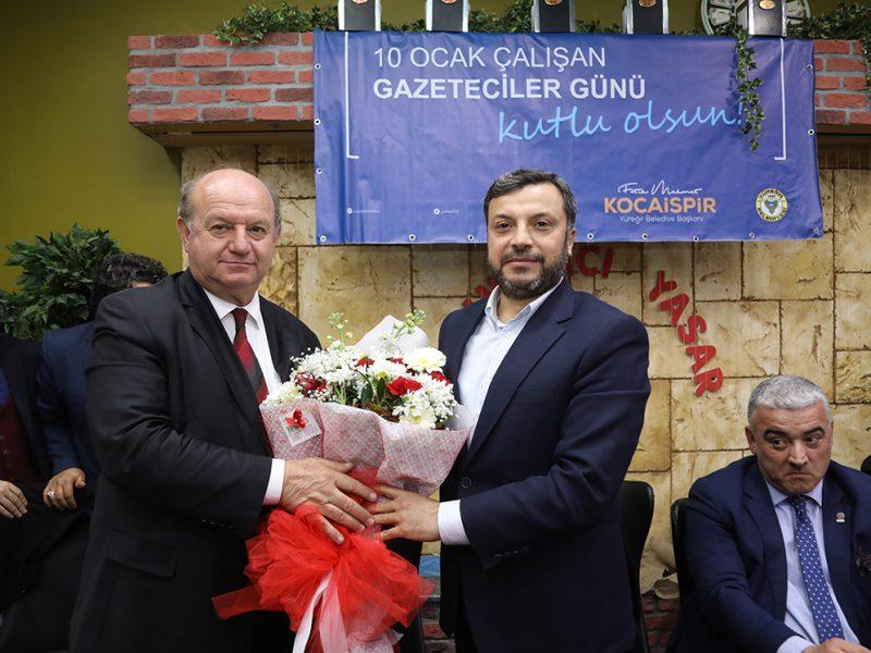 Bunu zor olduğunu biliyorum. Artık Adana'da pozitif ve gerçek gündemler üzerinden geleceğe bakmak durumundayız. Kısır çekişmeler Adana'ya bir fayda sağlamıyor.