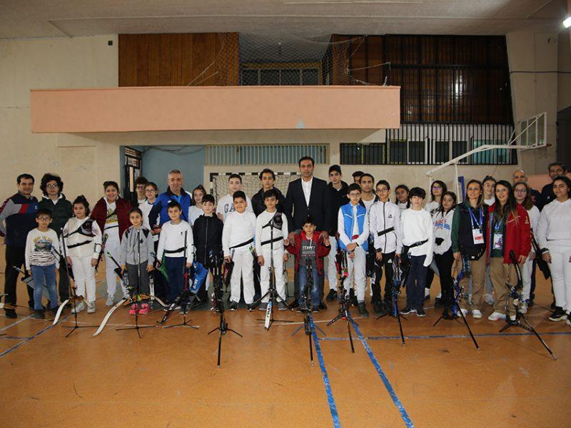 Adana için özel bir gün olan 5 Ocak'ta 7'den 70'e birçok vatandaşın sporun birleştirici gücü altında bir araya geldiğini belirten Yüreğir Belediye Başkanı Fatih Mehmet Kocaispir ''Adana'mızın düşman işgalinden kurtuluşunun yıl dönümünde binden fazla sporcumuz ayrı ayrı branşlarda centilmence bir araya gelerek yarıştılar