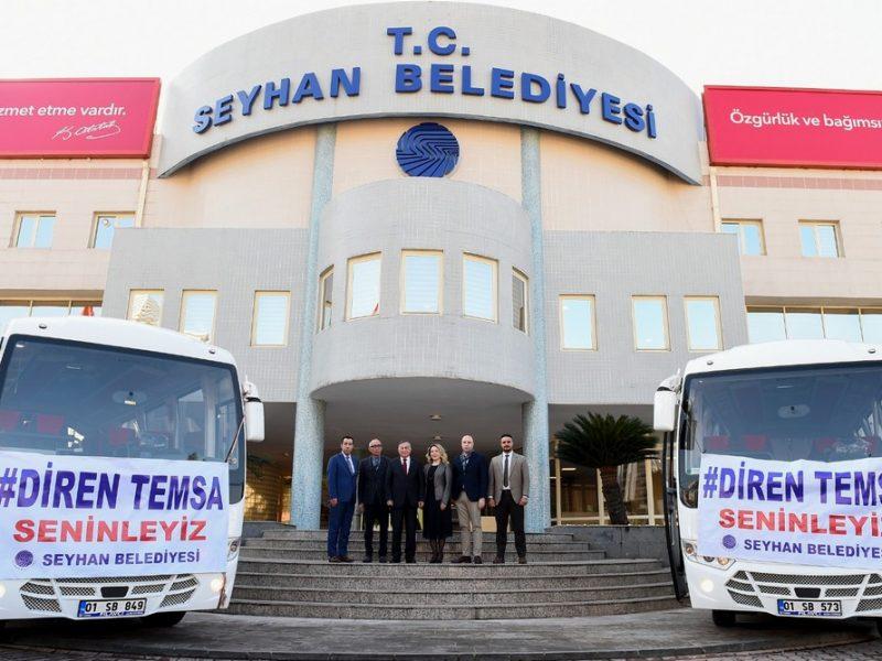 Başkan Akay ve şirket yetkilileri daha sonra otobüslerin önünde hatıra fotoğrafı çektirdi.