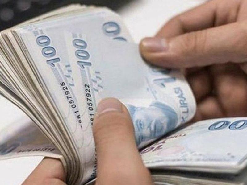 ... Temmuz ayında asgari ücrete zam var mı? TÜİK tarafından 6 aylık enflasyon rakamları açıklandı. Buna göre, memur, emekli memur, SSK ve Bağkur emekli maaşlarında yüzde 5.75 oranında zam yapılacak.